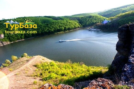 tourbaza.com/podilskij-kruiz